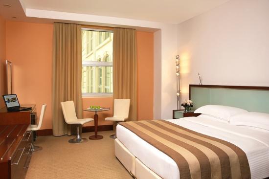 Villa Rotana - Dubai: Suite KB (Atrium Shot)
