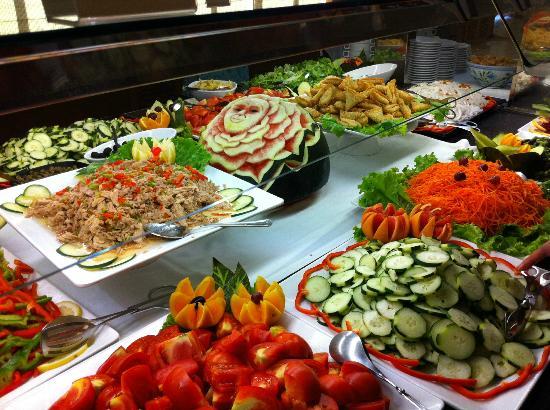 Falésia Hotel : Selection of buffet food