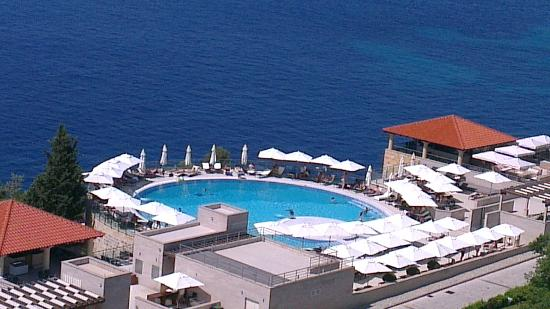 Sun Gardens Dubrovnik: View from balcony on one of the pools
