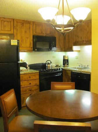 Marriott's Mountain Valley Lodge at Breckenridge: Kitchen