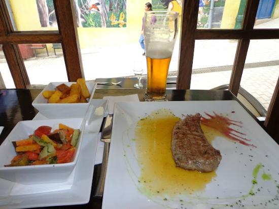 Incontri del pueblo Viejo: Alpaca com legumes e Cerveja Cusquenha Pale Ale
