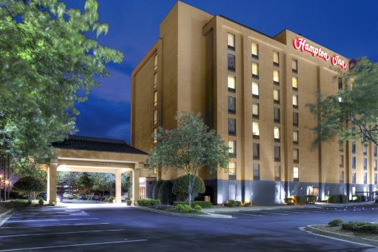 Hampton Inn Atlanta-Perimeter Center: Hampton Inn Perimeter Exterior
