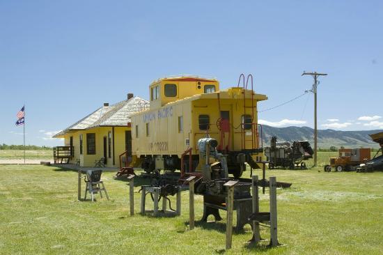 Nici Self Historical Museum: Union Pacific Caboose