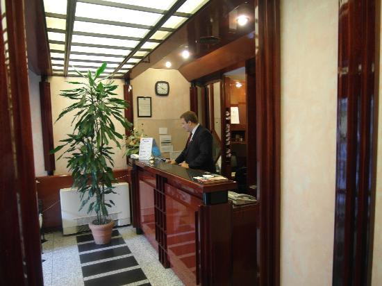 Hotel Della Signoria: Reception