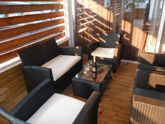 Maison d'hôtes La Côte d'Argent : Cote d'Argent Bar Terrasse