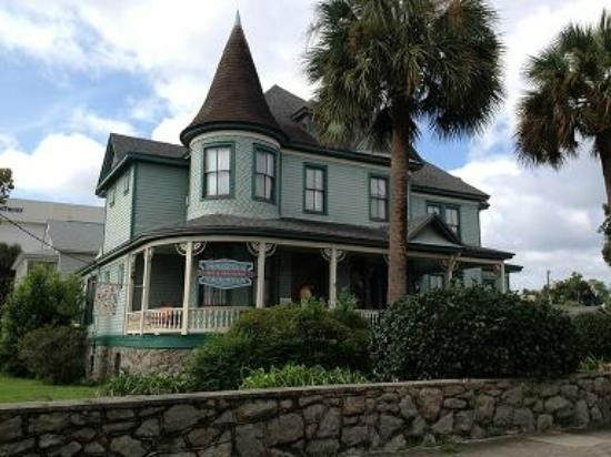 Pensacola Victorian Bed and Breakfast: Pensacola Bed & Breakfast