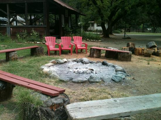 ‪‪Marble Mountain Ranch - Family Guest Ranch‬: The Campfire