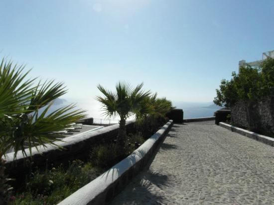 Thermes Luxury Villas: Entrance to Thermes 