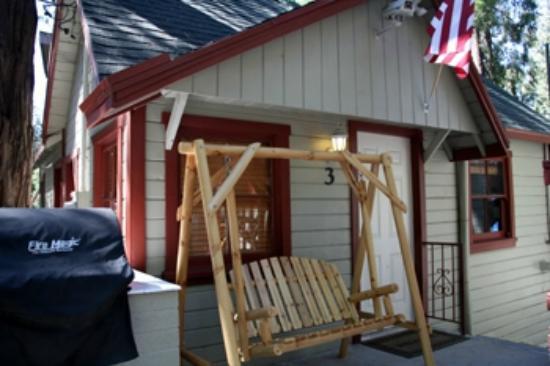 Crest Lodge Historic Mountain Inn : Cabin 3