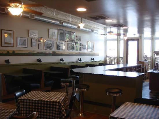 Dixie Restaurant  N Sycamore St Petersburg Va