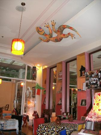 Bliss Cafe: gecko