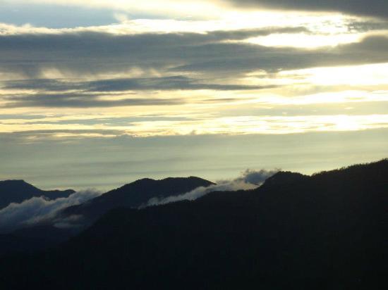 Te Aroha Dhanachuli: Sunset view
