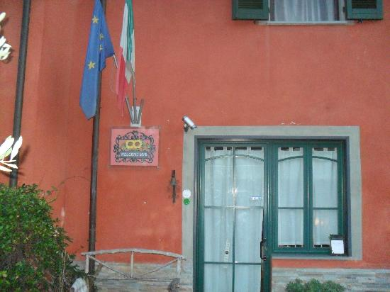 Welcome Bed & Breakfast: insegna