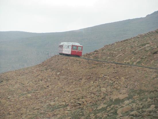 Manitou Springs, Colorado: Train coming down