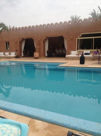 Villa 55: piscine et accueil