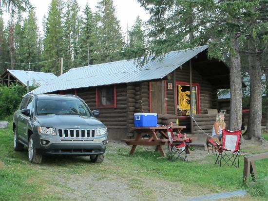 Postill Lake Lodge & Campsite: Cabin #3