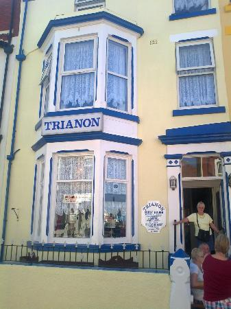 Trianon Guest House