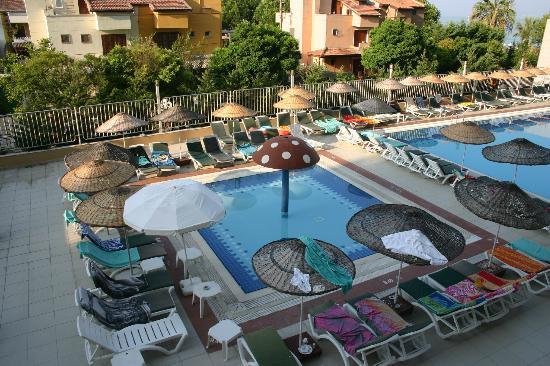 Ephesia Hotel: piscine enfant trés petite