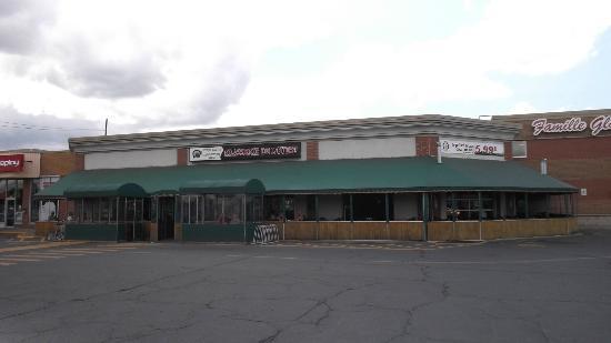 Brasserie de l'Ouest : Terrasse extérieure -  20 août 2012.