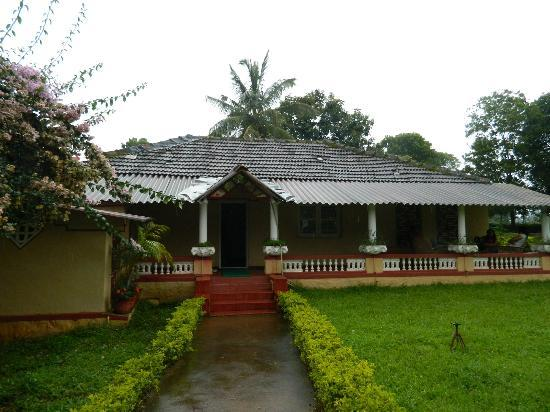 Comfort Homestay - Bee Hive: Front View