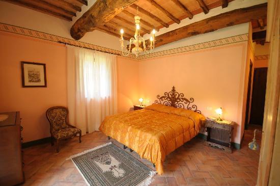 Letti A Castello Incrociati.Podere Incrociati Villa Reviews Italy Sovicille Tuscany