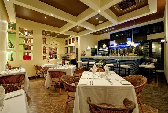 O Restaurant Interior Evening