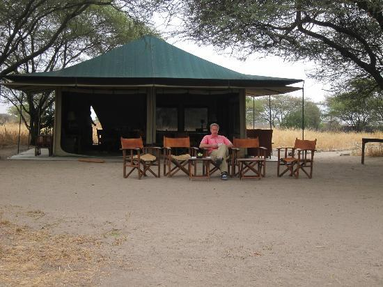 Manyara Ranch Conservancy: Outside the dining tent