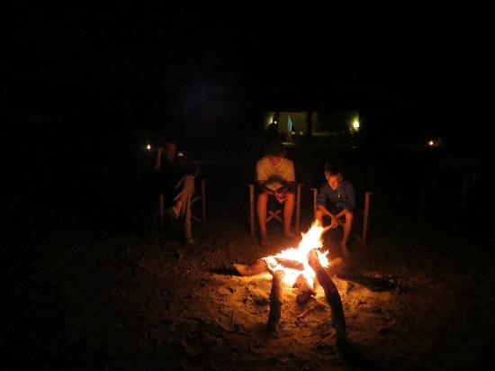 Manyara Ranch Conservancy: Campfires at night