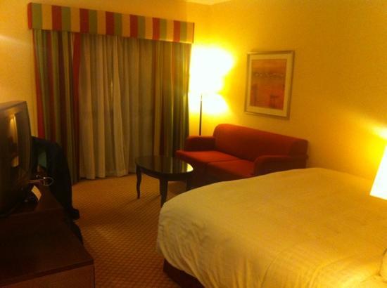 Cheshunt Marriott Hotel: room 111