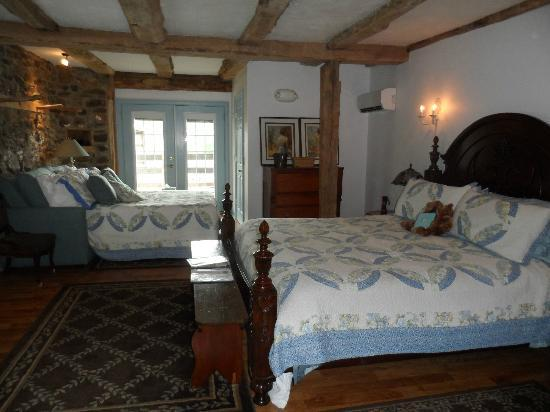Battlefield Bed and Breakfast Inn: The very beautiful Tack Room