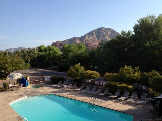 Sedona Real Inn and Suites: Beautiful scenery from suite balcony