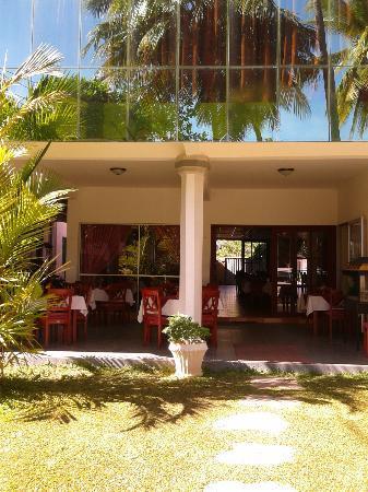 Siyanco Holiday Resort: Outside 2