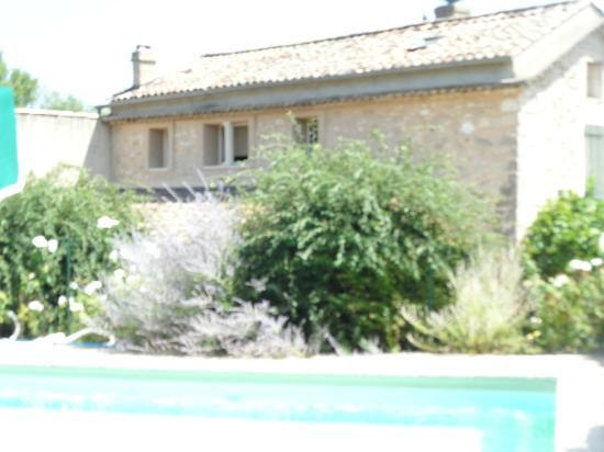 Mas du Pont Roman : view from the pool