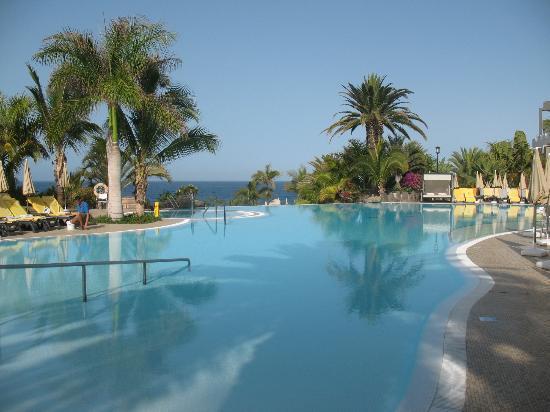 Zugang zum oberen pool picture of roca nivaria gh for Adrian hoteles jardin de nivaria tenerife