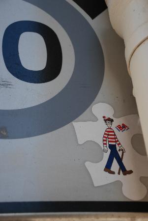 Meet My Paris : Where's Waldo?