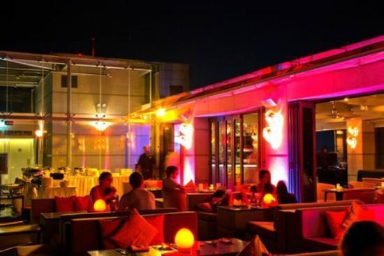 Hotel Jen Male: Rooftop Bar