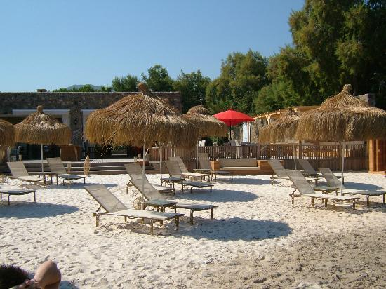 Hotel Samdan: Private Beach