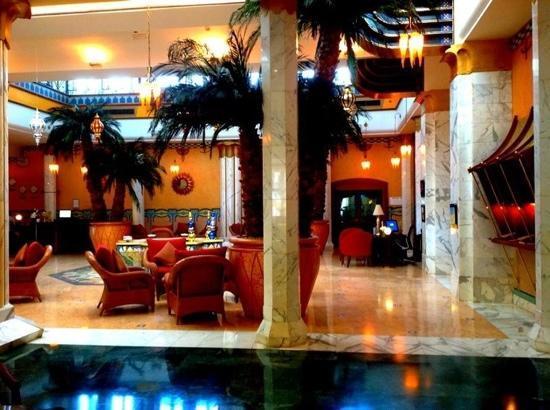 فندق الماريديان: Le Meridien Lobby 