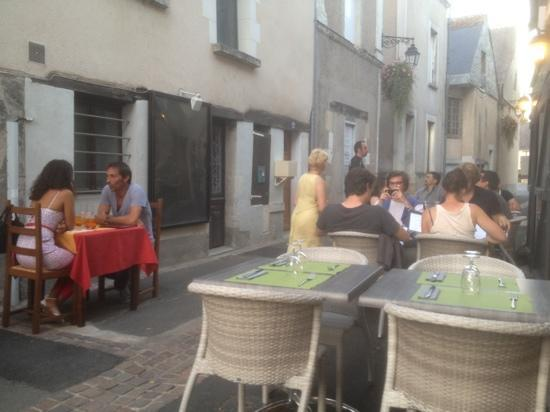 La Cassolette : filling the street with patrons