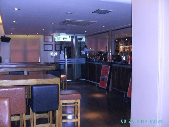 West Port Bar & Kitchen: Main Bar