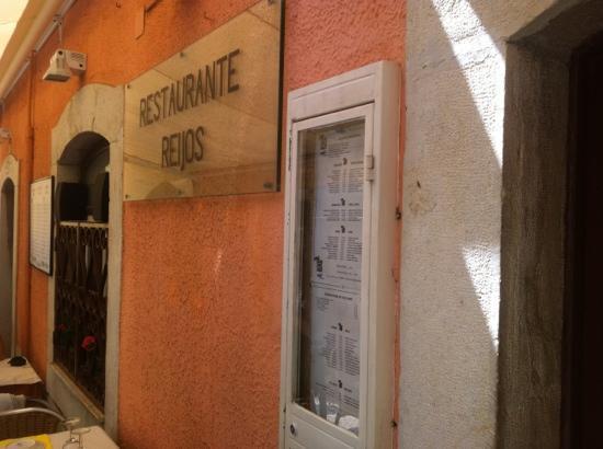 Reijos: Nao entre neste restaurante!