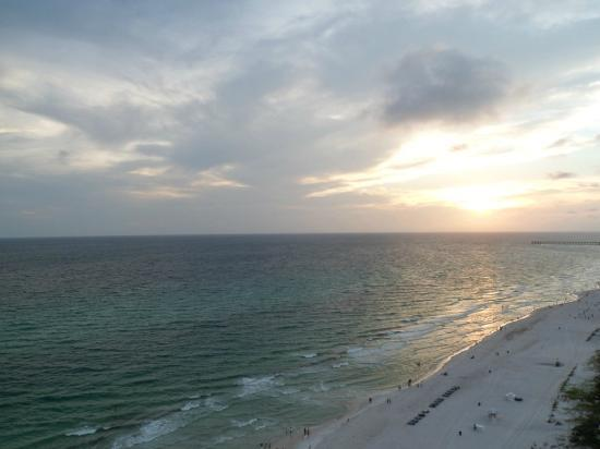 sunset picture of majestic beach towers panama city. Black Bedroom Furniture Sets. Home Design Ideas