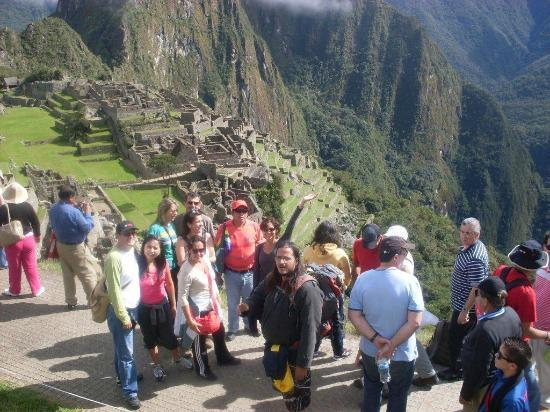 Chavez Expeditions - Day Tours: tours a machu picchu