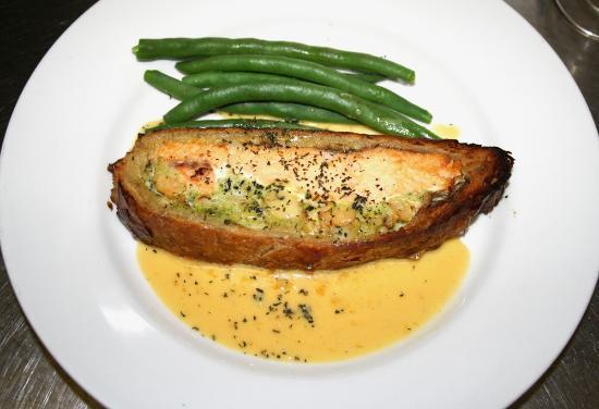 Max's Grill: Salmon!
