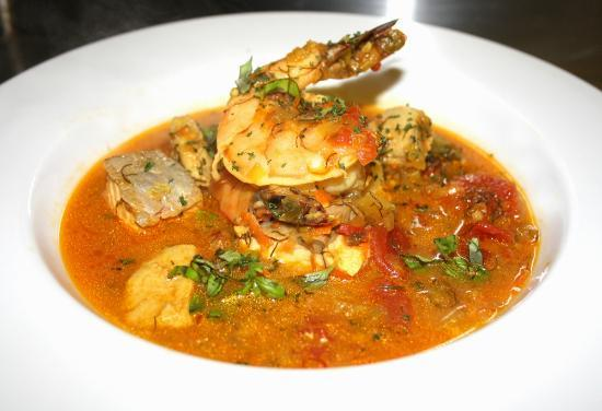 Max's Grill: Cioppino! My favorite!