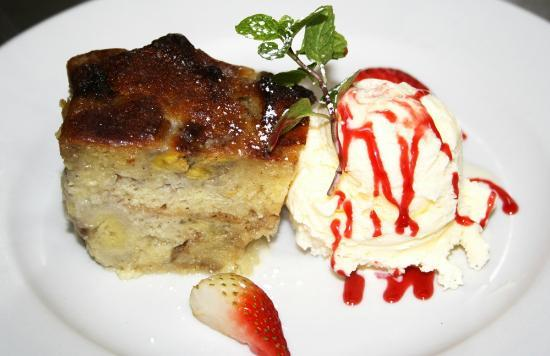 Max's Grill: Banana Bread with Vanilla Ice Cream