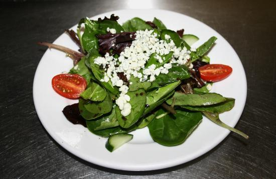 Max's Grill: Spinach Salad with Blue Cheese! Amazing!