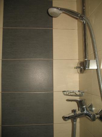 Lydia Hotel: Particolare del bagno (doccia)