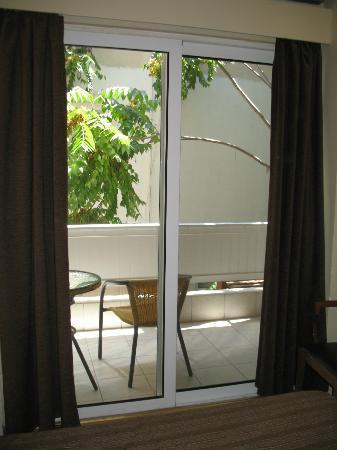 Lydia Hotel: Finestrone da cui si accede al balcone