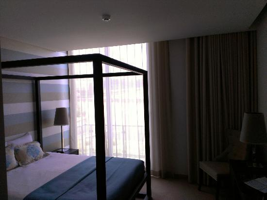 Aparthotel Atlântida Mar : My mountain view room (210)